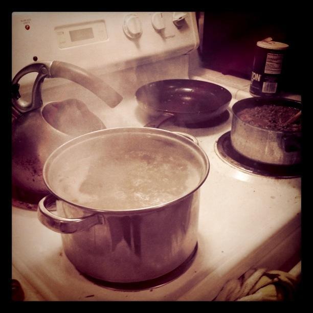 Making Spaghetti con Bolognese